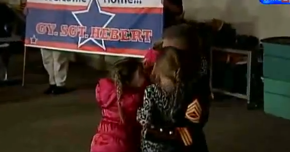 Video: Marine Comes Home From Afghanistan to Surprise Daughters Featured