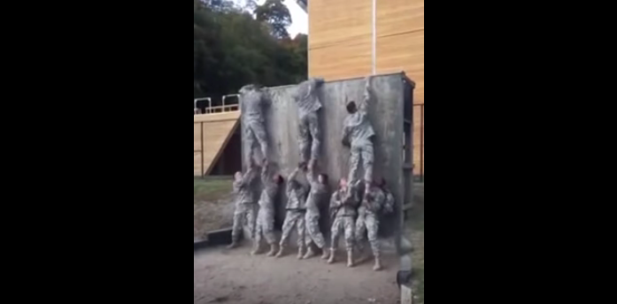 (WATCH) This Incredible Display Of Teamwork Takes Only 30 Seconds Featured