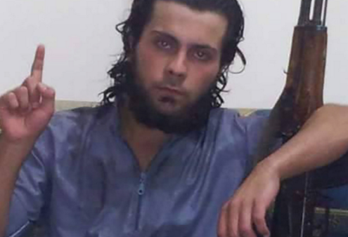 ISIS Fighter Kills His Own Mother In Public For The Most Disturbing Reason Featured