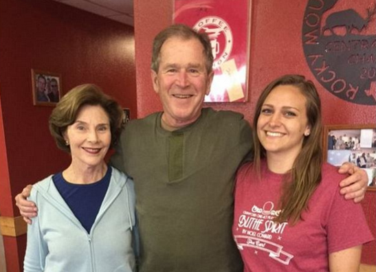 Waitress Rips George W. Bush On Twitter After He Leaves Her A Great Tip…Internet Responds In Kind Featured