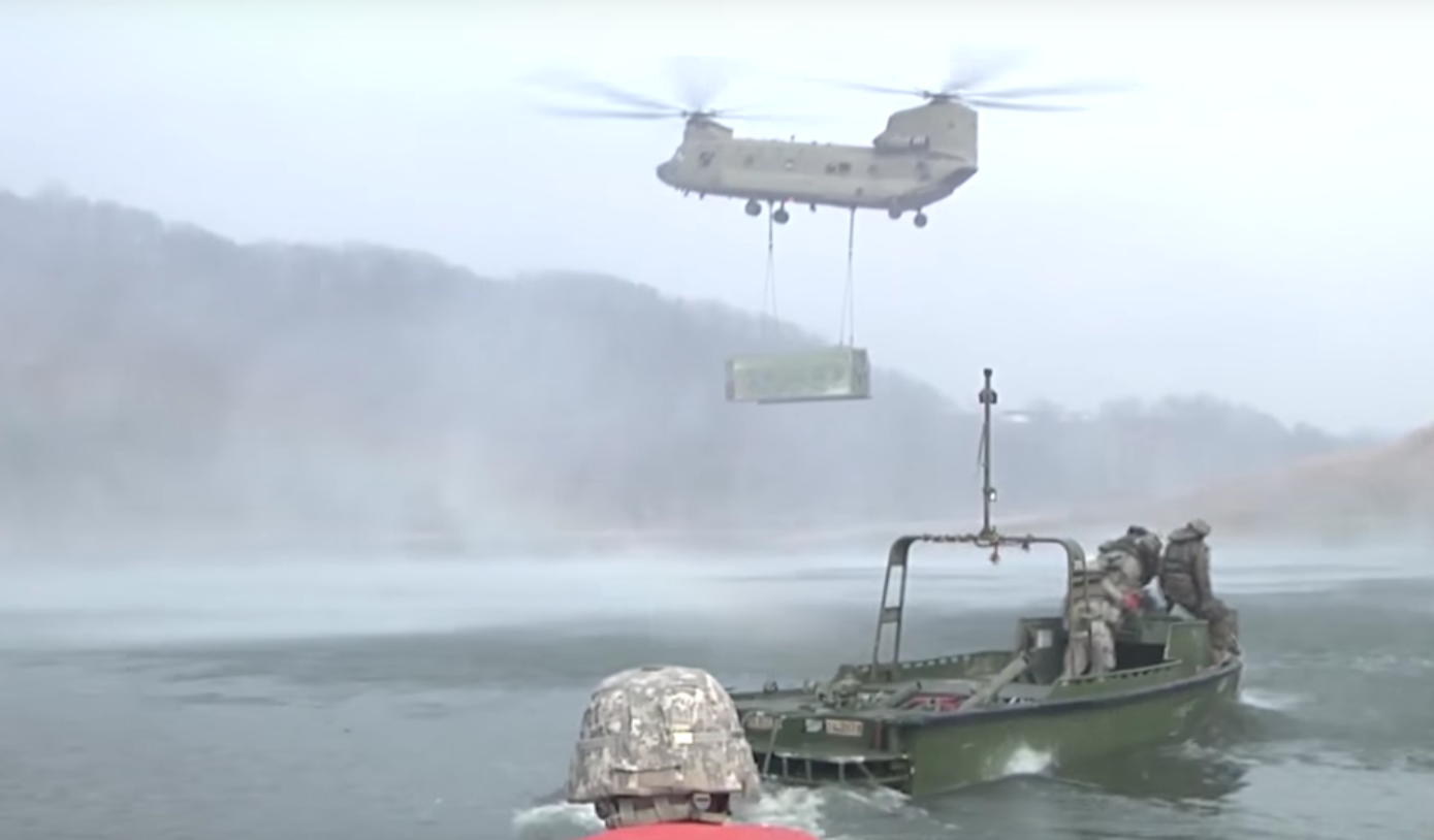 American Soldiers Brilliantly Build A Large Bridge In No Time Featured