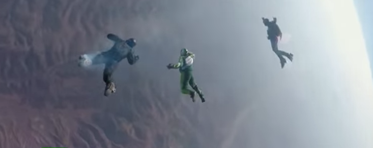 (VIDEO) Skydiver Jumps 25,000 Feet With No Parachute & Lands In Giant Net Featured