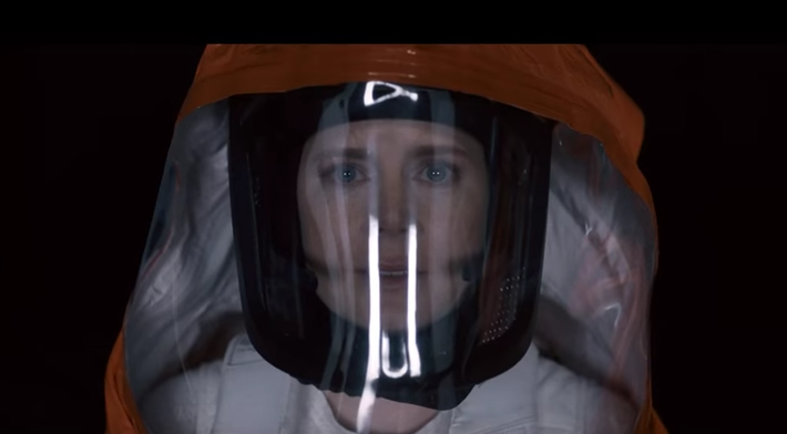 "(MOVIE TRAILER) ""Arrival"" With Amy Adams Isn't Your Typical Alien Movie When They Come To Earth Featured"