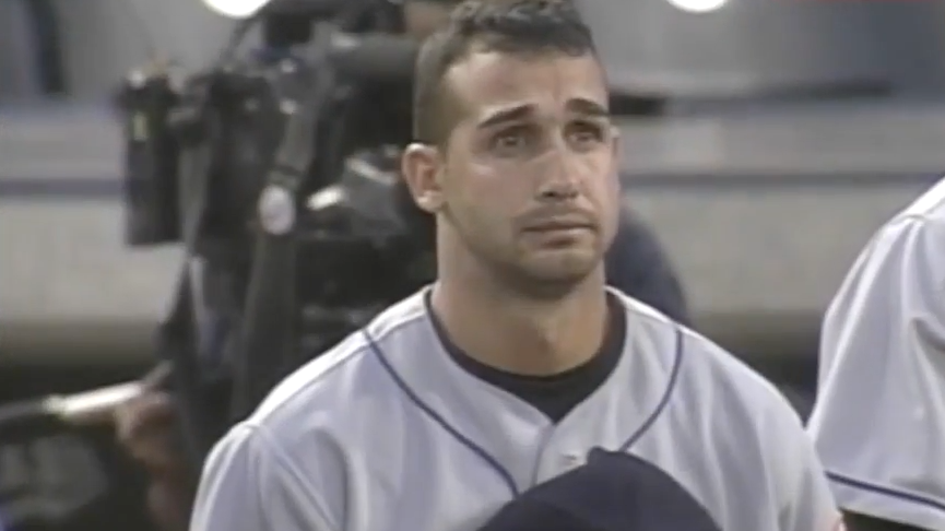 Watch MLB Players Pay Respect To The U.S.A. In The First Game Back After 9/11 Featured