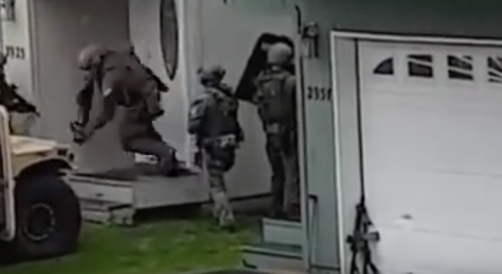 Watch This FBI Alaska SWAT Team Massive Breach Fail Featured