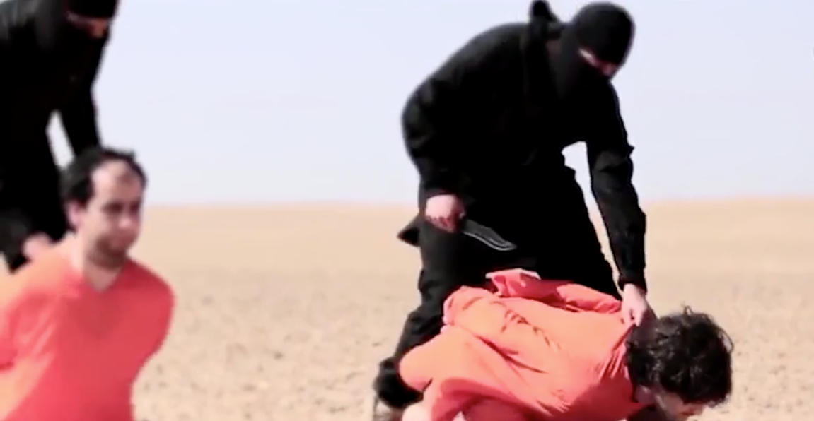BREAKING [GRAPHIC]: Fake? ISIS Releases Video Of Mass Execution Beheadings Of Syrian Rebels Featured