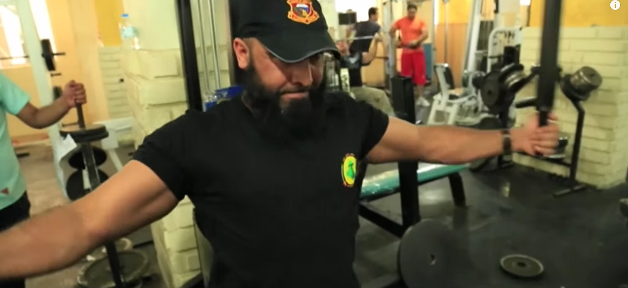 "Meet The Iraqi ""Rambo"" Who Does Nothing But Destroy ISIS Featured"