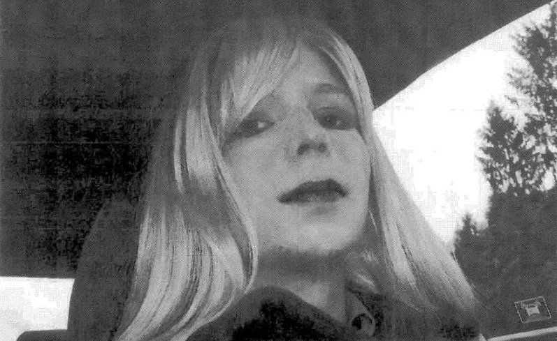 "Obama Says Chelsea Manning ""Served A Tough Prison Sentence"" & ""Justice Has Been Served"" Featured"