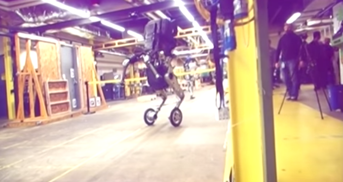 """Boston Dynamics Unveils """"Nightmare Inducing"""" Robot On Wheels In Leaked Video Featured"""