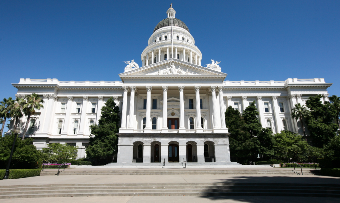 Gun Rights Supporters March On California's State Capitol Featured
