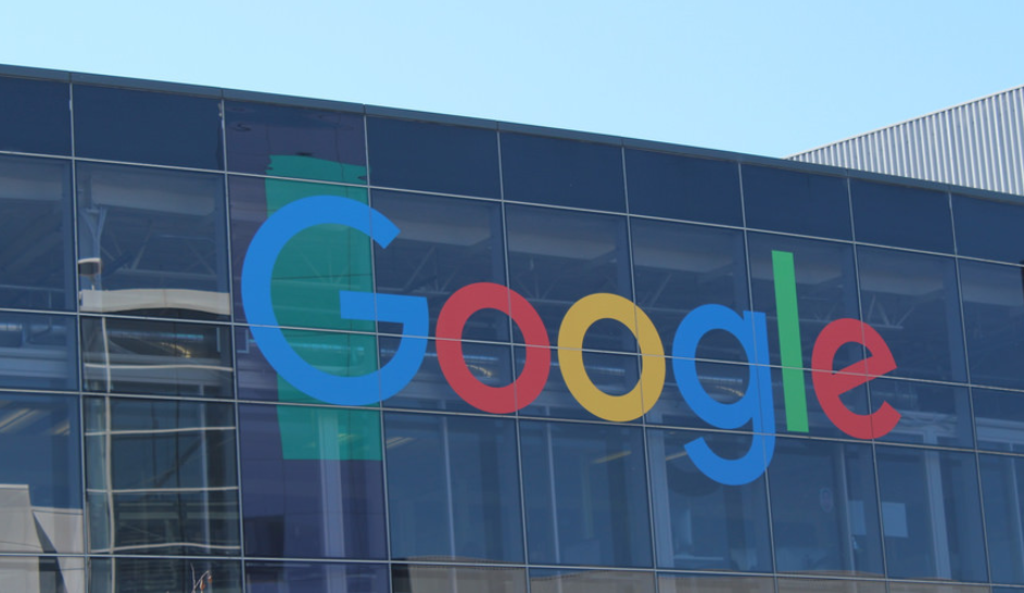 "NEW: Google Now Officially Flagging ""Upsetting-Offensive"" Content Featured"