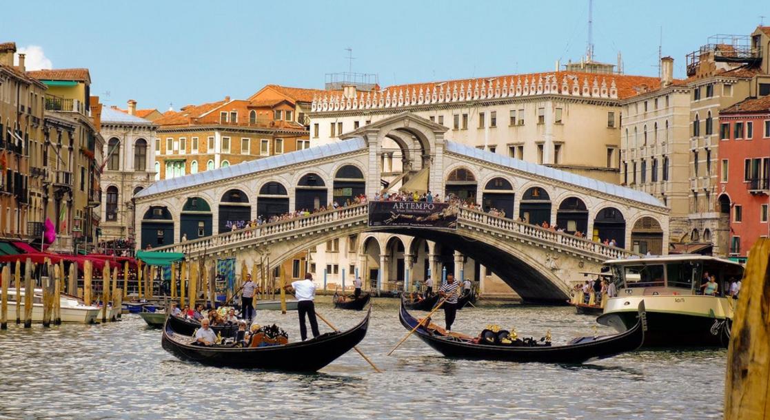 Italian Police Thwart Terror Plot To Bomb Venice's Most Iconic Bridge Featured