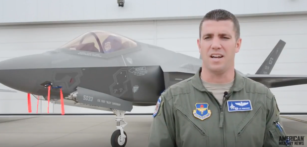 (VIDEO) Watch F-22 & F-35 Lightning II Pilots Work Together In Integrated Training Featured