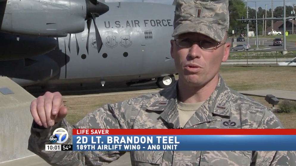 Concealed Carrying Air Force Lt. Stops Almost Deadly Stabbing On The Street Featured