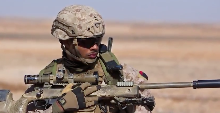 See What A Day In The Life Of A Marine Sniper Is Like Featured