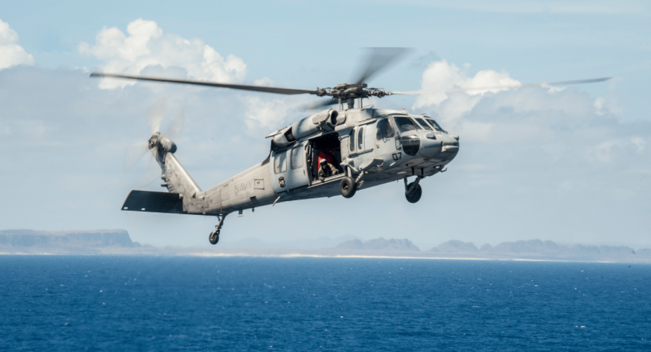 U.S. Navy Helicopter Crashes In Pacific, Crew Recovered Safely Featured
