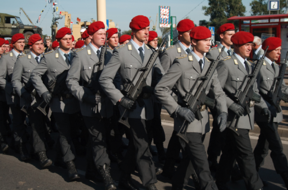 Pro-Nazi soldiers could be infiltrating the German Army Featured