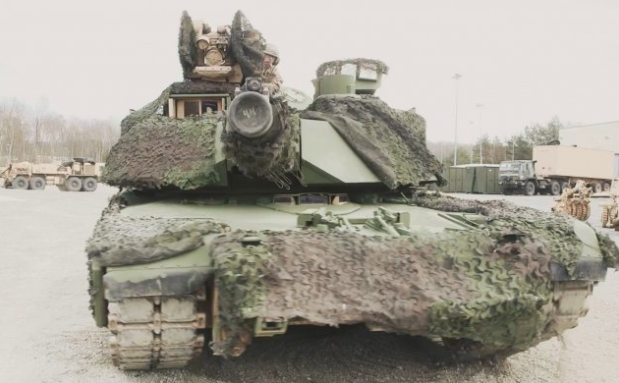 Tanks in Europe go from tan to green after years of desert warfare Featured