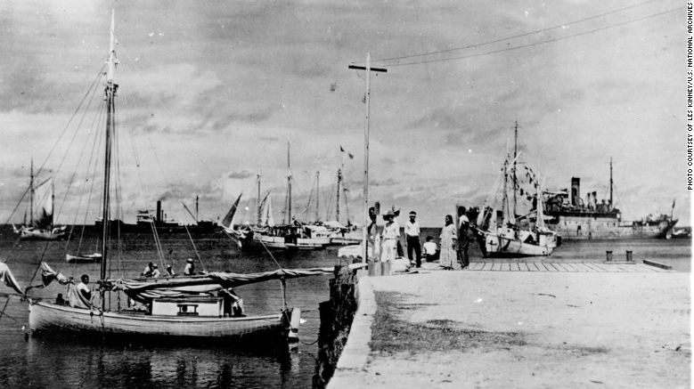 New photo shows Amelia Earhart might have survived crash & had been captured by Japanese military Featured