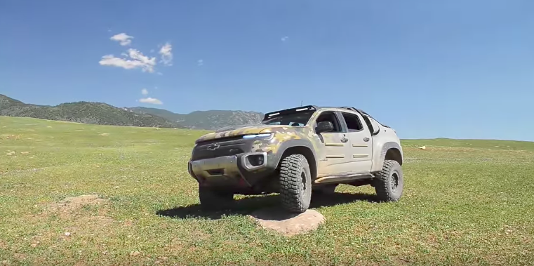 Screen Shot 2017 07 10 at 3.08.28 PM - (WATCH) Testing what could become the US Army's new truck: the Chevrolet Colorado ZH2