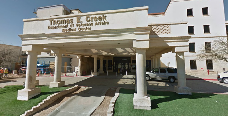 Veteran commits suicide outside Texas VA hospital Featured