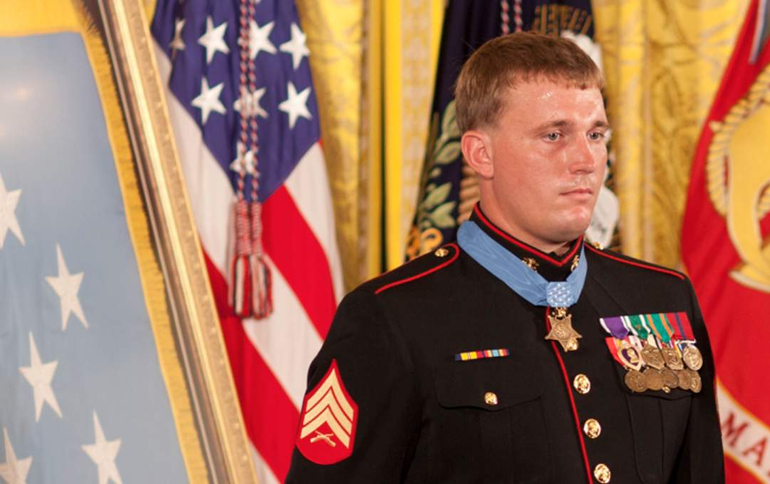 This is how Marine Dakota Meyer saved 36 soldiers in Afghanistan Featured