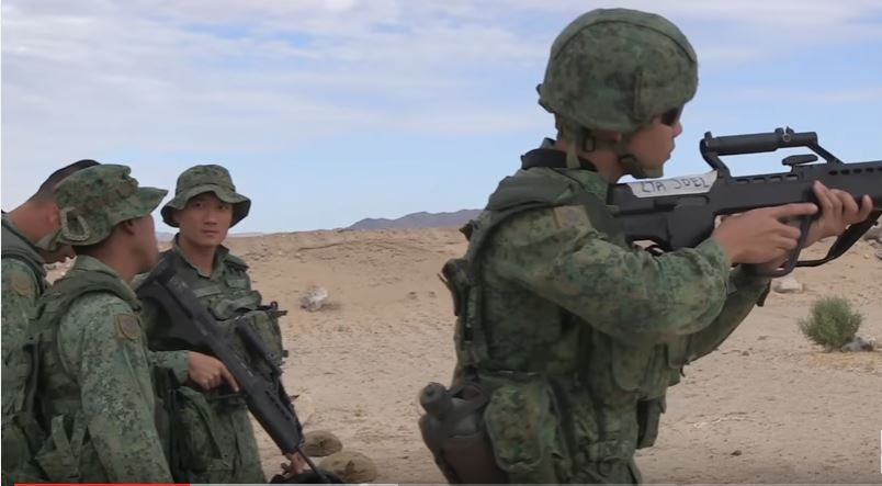 Soldiers From The Singapore Armed Forces Go Down Range During Exercise Valiant Mark 2016 Featured
