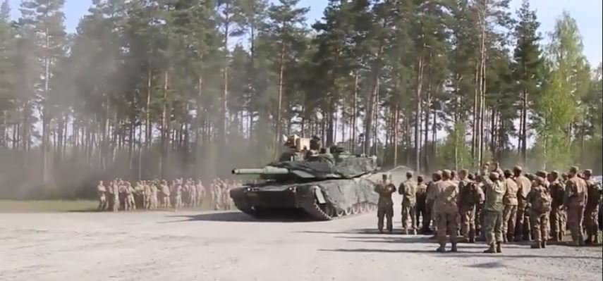 Strong Tank Competition - Watch U.S. Soldiers Compete In The Strong Europe Tank Challenge