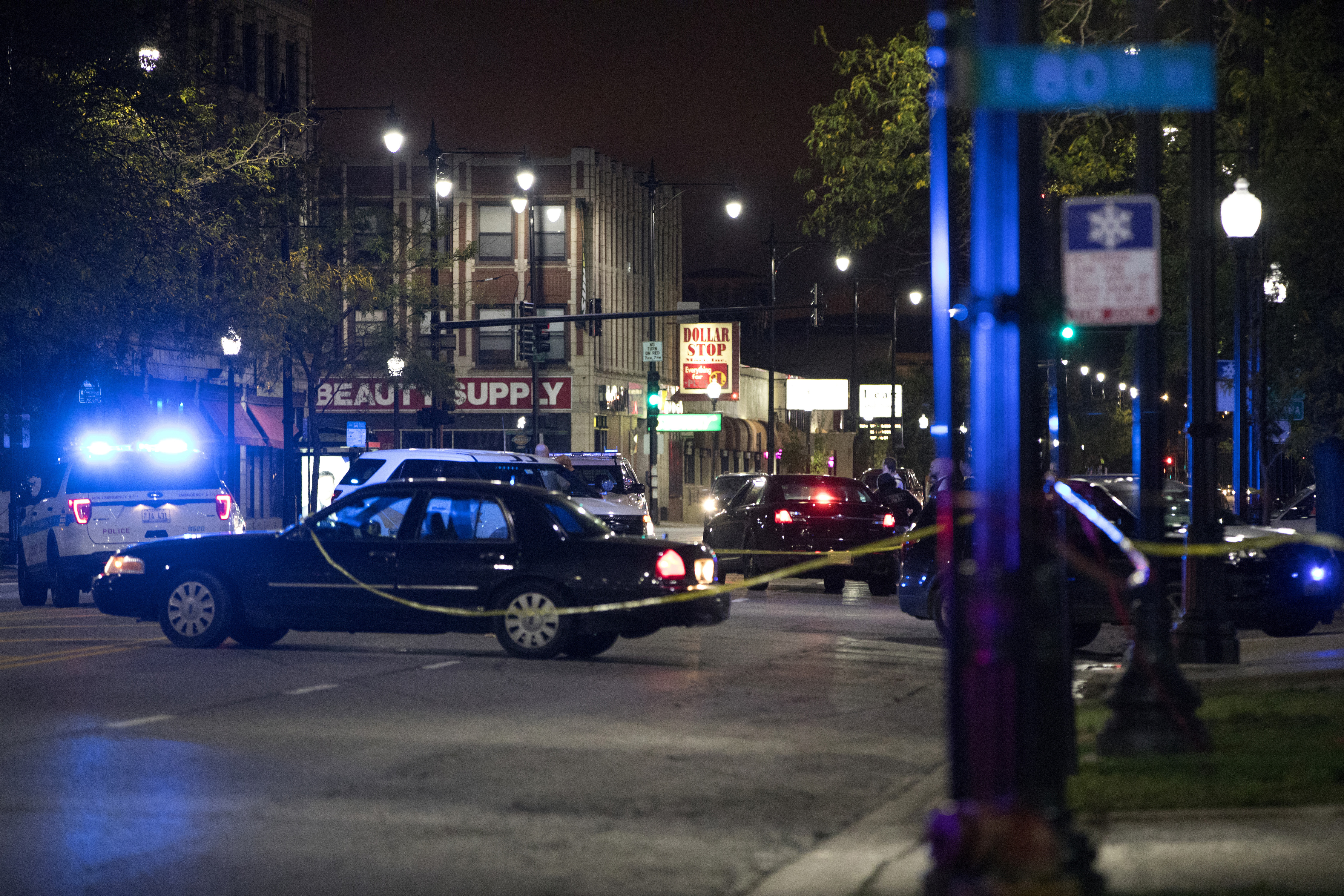 22 shot in Chicago over the weekend, 9 fatally Featured