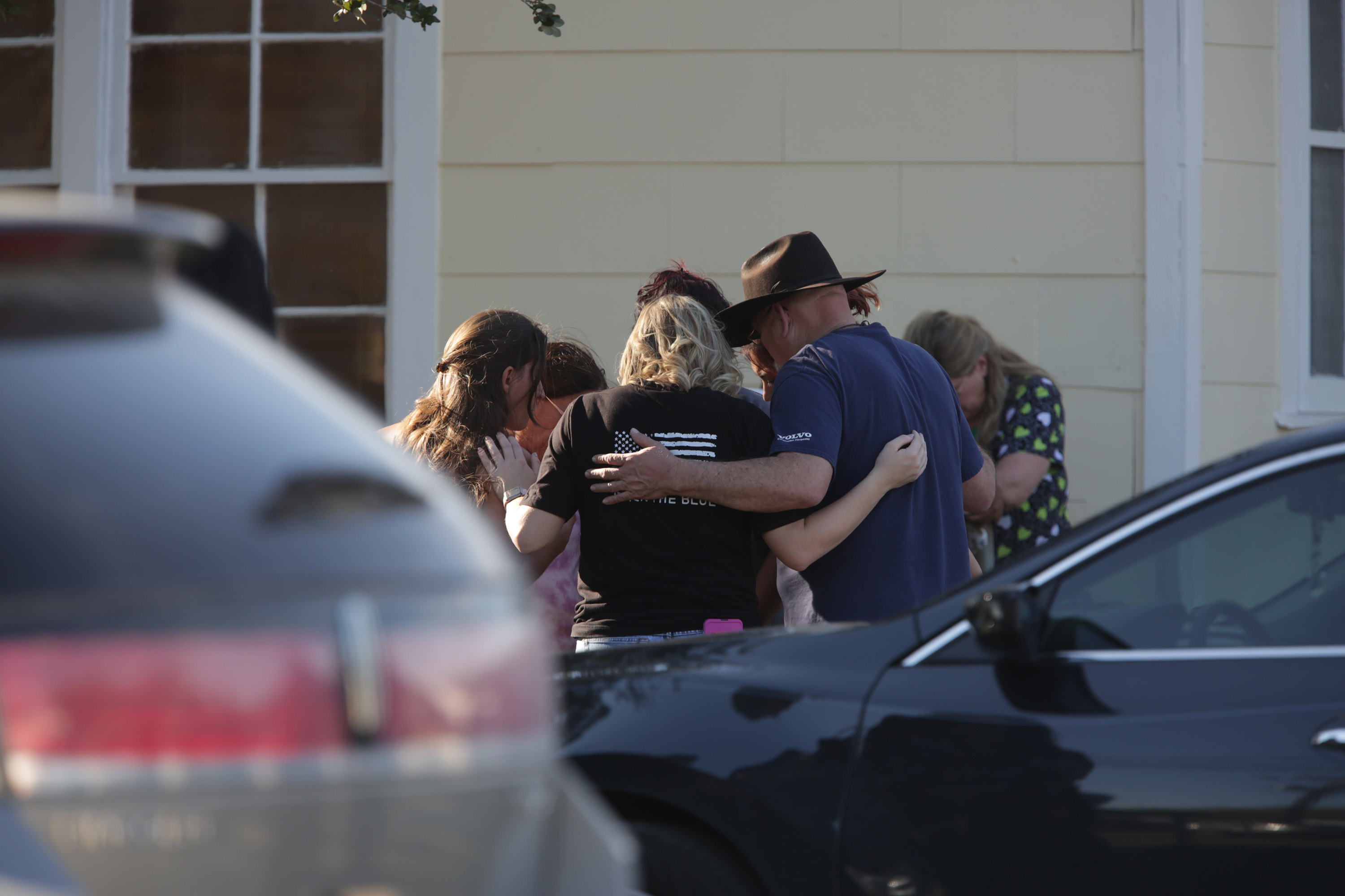 'They're all shot': One Texas family loses 3 members in church shooting Featured