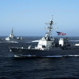 US_Navy_040810-N-0000X-001_The_guided_missile_destroyer_USS_Pinckney_(DDG_91)_and_the_Spanish_Navy_frigate_Almirante_Juan_De_Borbon_(F_102)_sail_together_during_Combat_Systems_Ship_Qualifications_Trails