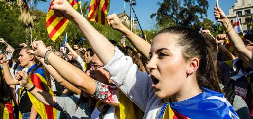 WORLD NEWS SPAIN CATALONIA LA 520x245 - Barcelona and its region Catalonia votes to secede from Spain; Senate responds by approving regional takeover