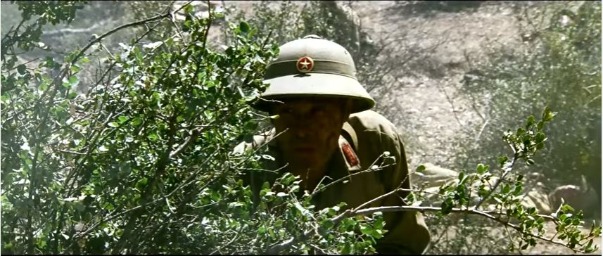 """Watch The Final Battle Scene Of Mel Gibson's Vietnam Classic Movie """"We Were Soldiers"""" Featured"""