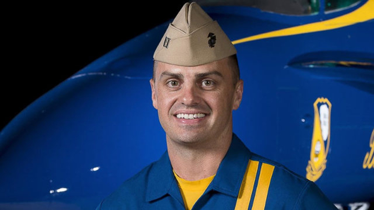Navy Blue Angel Pilot Purposefully Did Not Eject So That He Would Not Crash Into Apartment Complex Featured
