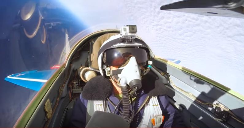 Watch Ferrari Race car Driver Josh Cartu Perform Intense Aerial Maneuvers In A Mig-29 Featured