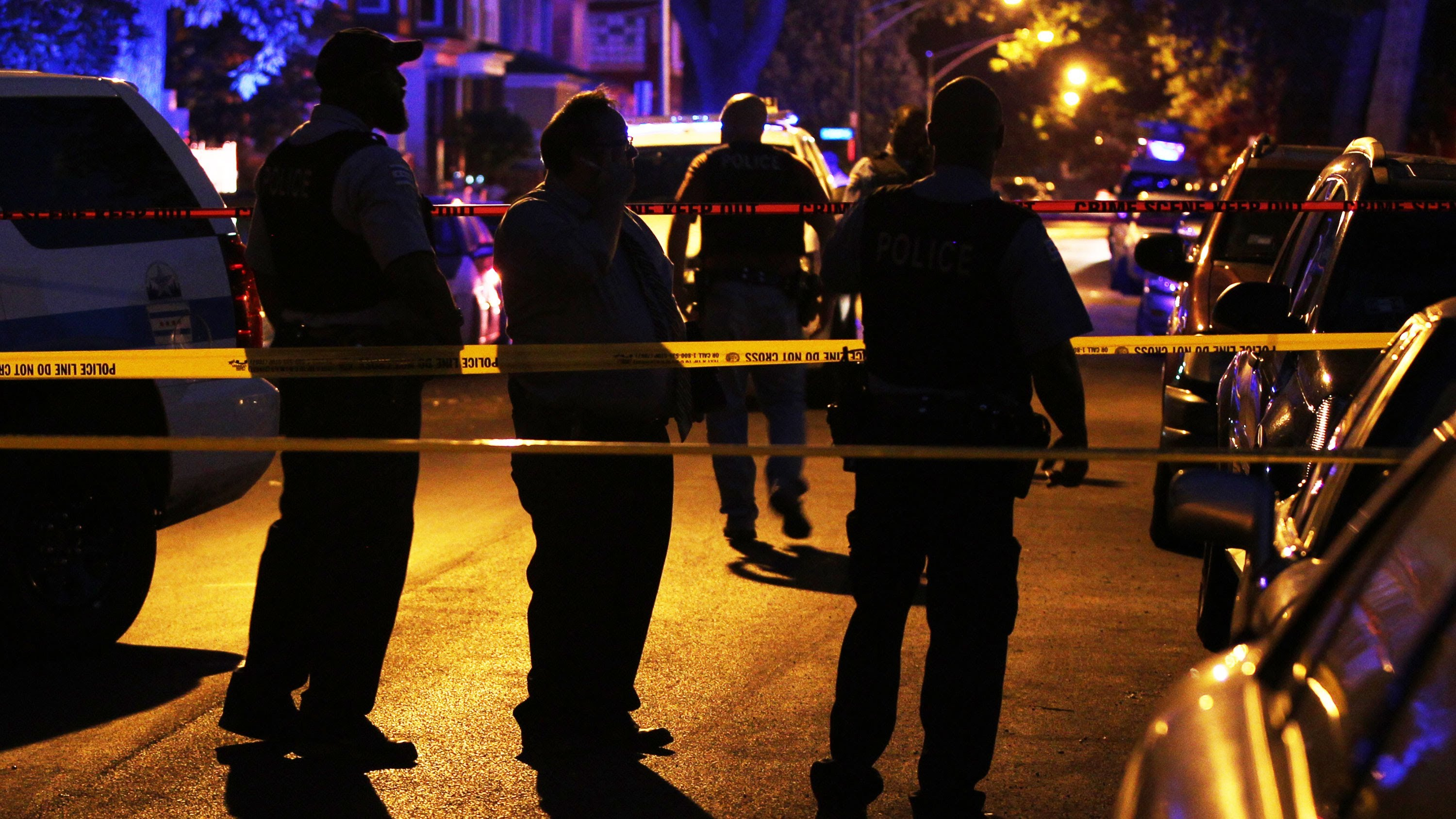 chic - Six Dead, At Least 15 Wounded In Chicago Shootings Over Weekend