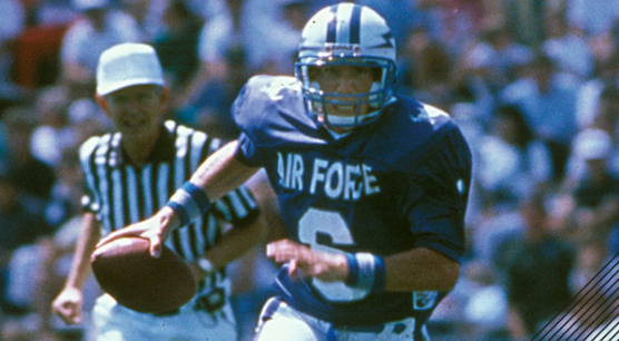 Air Force Football Star Dee Dowis Dies In Traffic Accident Featured