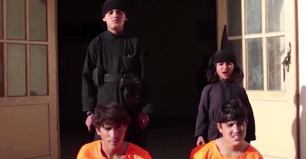 execution - ISIS video shows young children being forced to execute prisoners