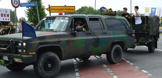 germans-used-american-independence-day-for-this-camo-suburban