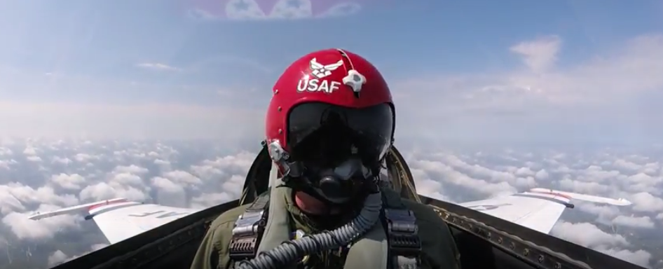 World Renowned Aerobatic Champion, Rob Holland Flies With The Thunderbirds Featured