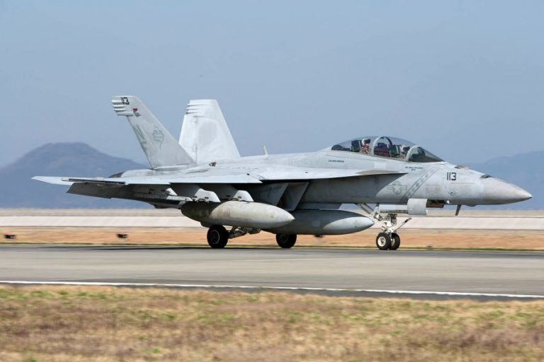 Japan Xxix Moving: Carrier Air Wing 5 Fighter Squadrons Moving To Iwakuni
