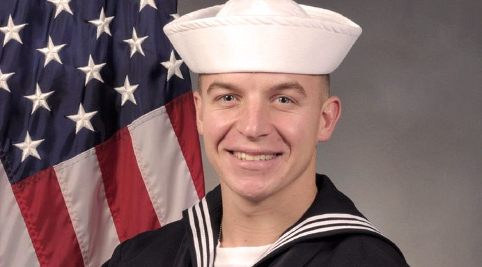 Prospective Navy SEAL Dies During Pool Exercise On First Week Of Training Featured