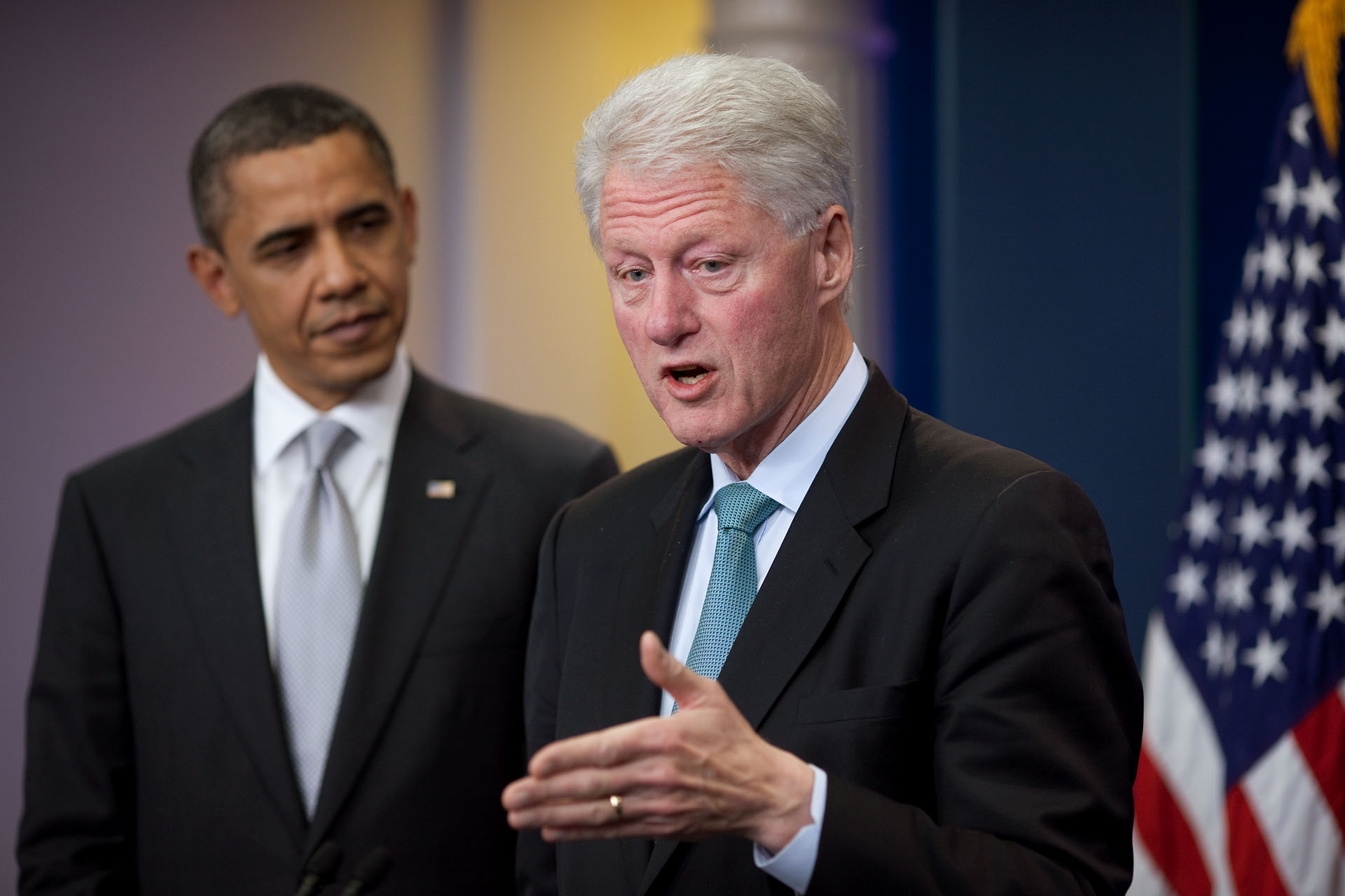 obama clinton taxes LJ 0102 - Bill Clinton's sex scandal with Monica Lewinsky was exposed 20 years ago today
