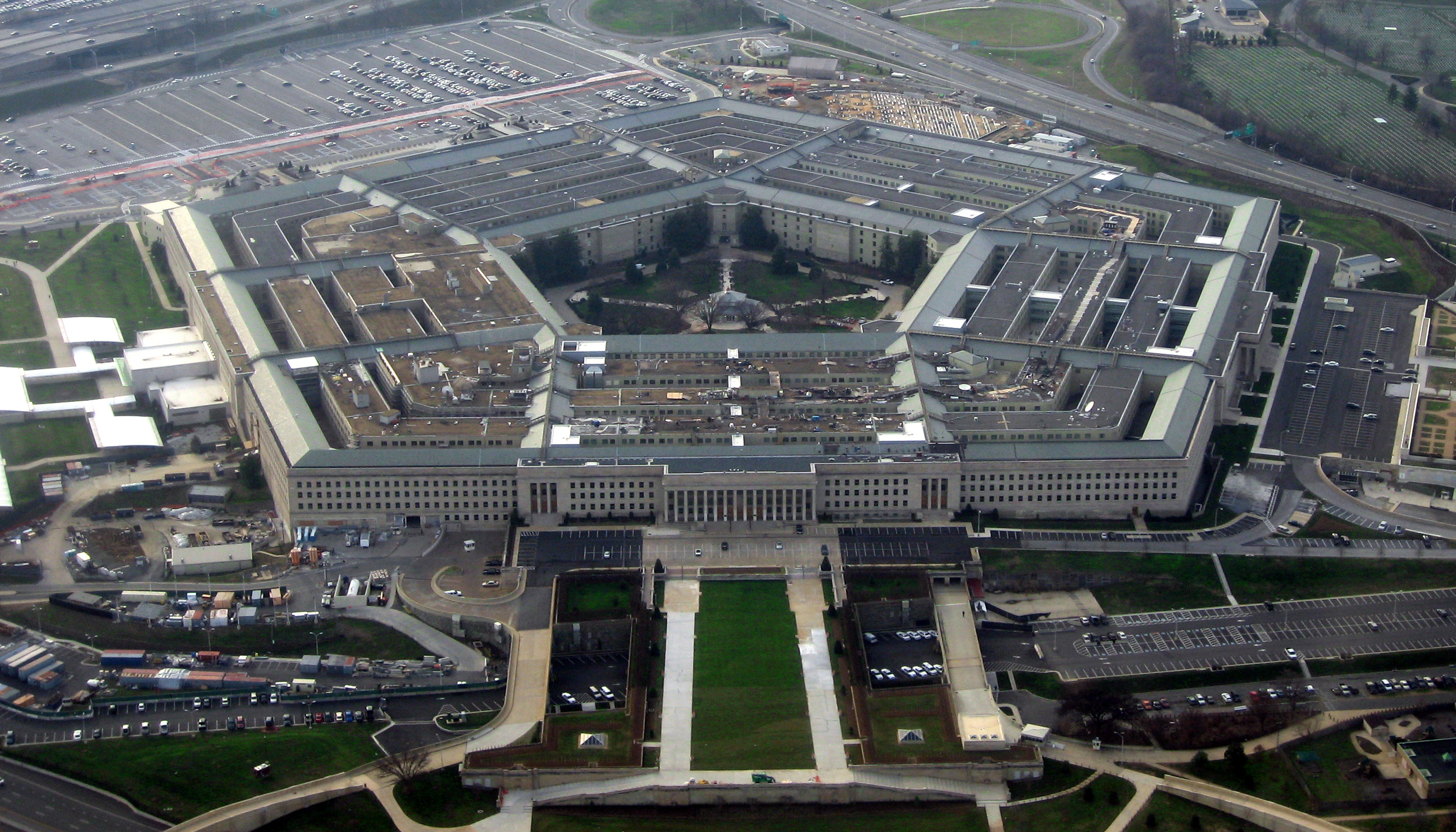 Pentagon Demanding That Thousands of California Soldiers Repay Enlistment Bonuses A Decade Later Featured