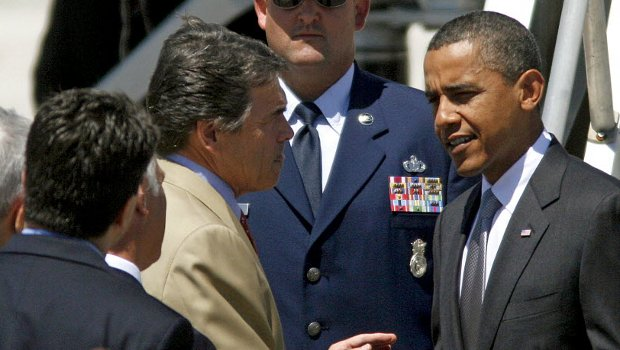 Perry Deploys Texas National Guard Troops to Border Featured