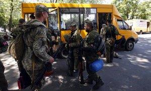 Pro-Russia rebels flee Ukrainian forces