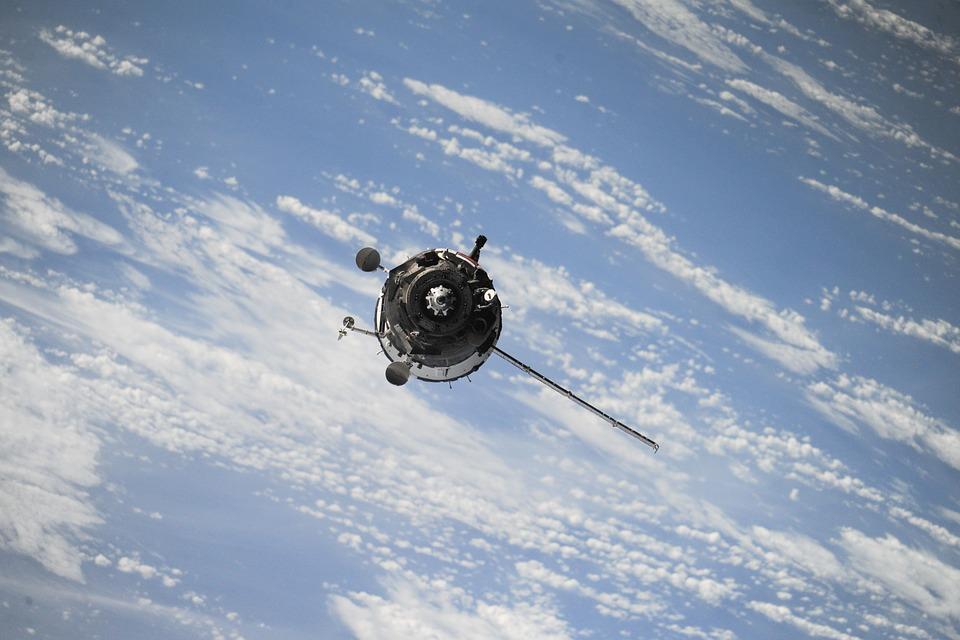 satellite-1030782_960_720
