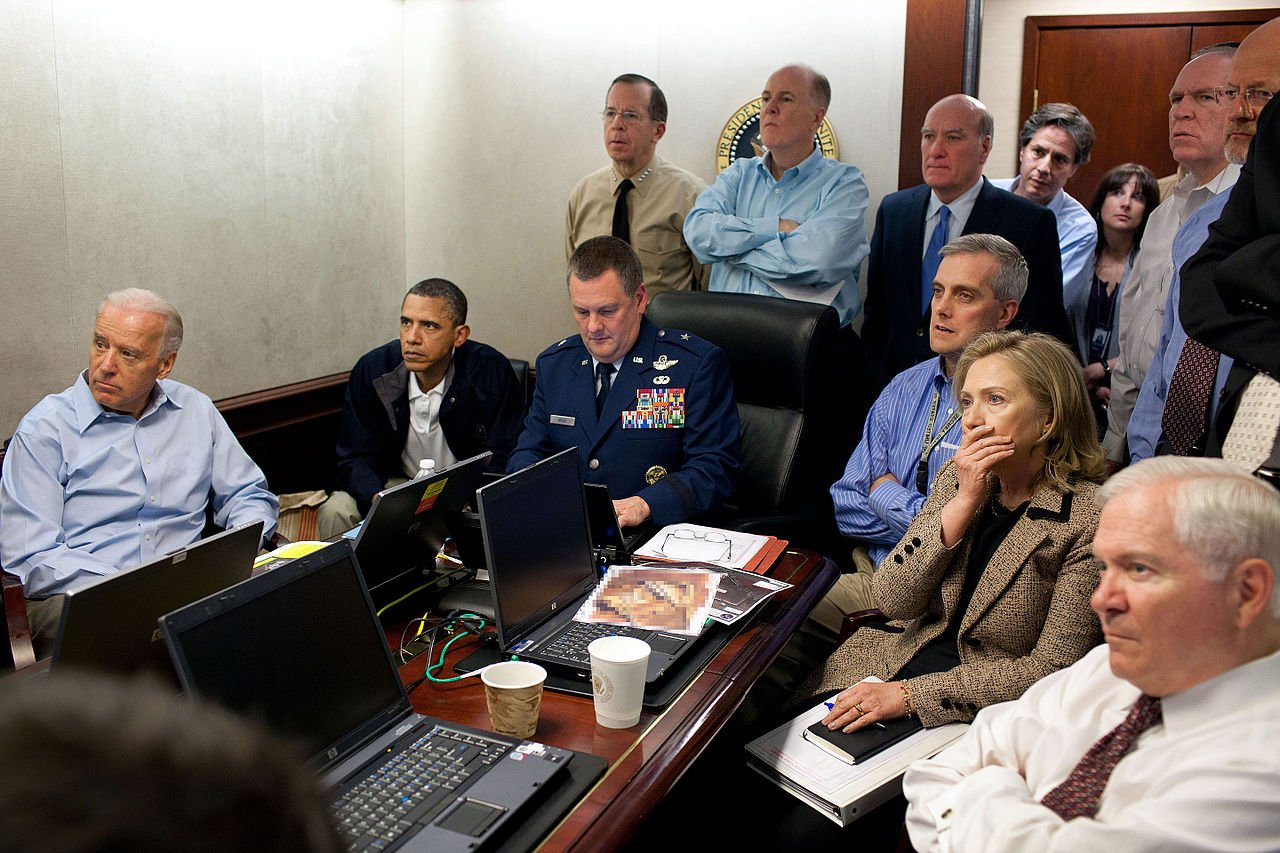situation room - Here's The Story Behind One Of The Most Iconic Photos From The Bin Laden Raid