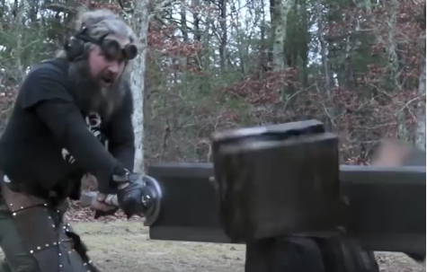 This Blacksmith Makes Insanely Massive Fantasy Swords Featured