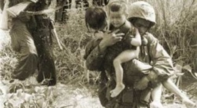 Why Did The Media Showcase  John Kerry, But Never Show Us This Picture During Vietnam? Featured